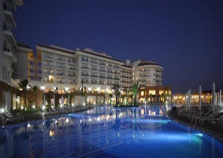 отель вечер